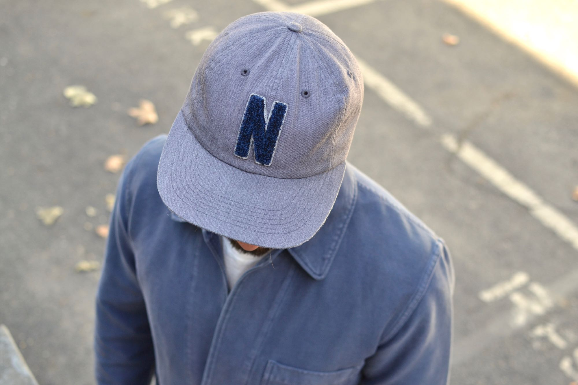 comment porter une casquette 5panel marque norse projects sttle streetwear casual worker