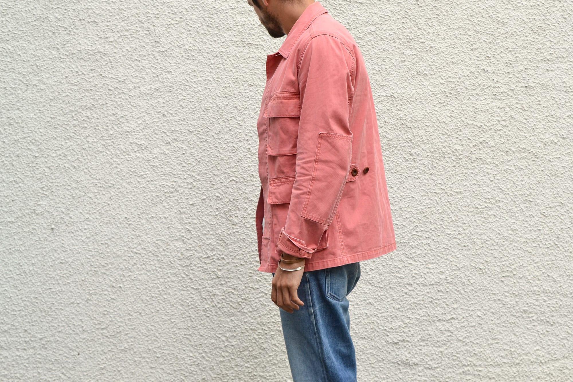 comment porter une pièce forte ou un vêtement rose quand on est un homme