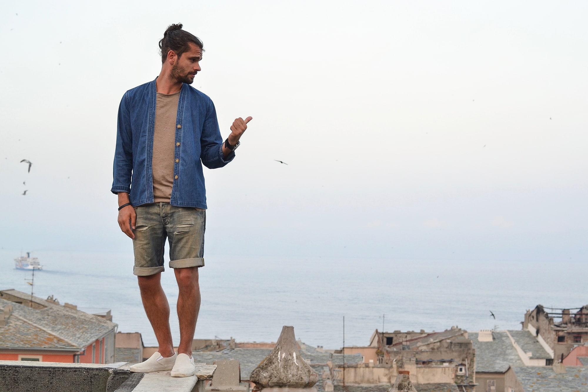 Une tenue d'été pour chiller à Bastia en vacances