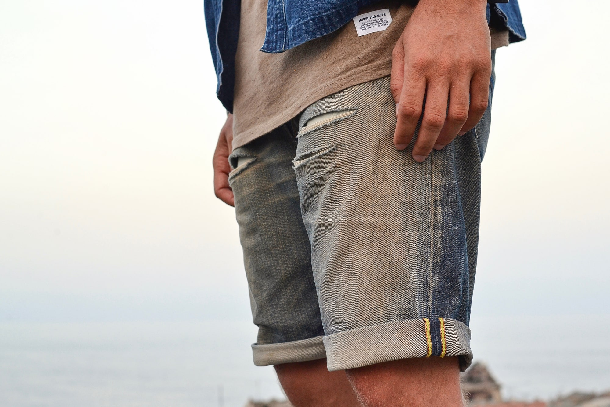 Orvis kapital noragi like avec un tee norse projects, un short en jean custom diesel et des vans slip on