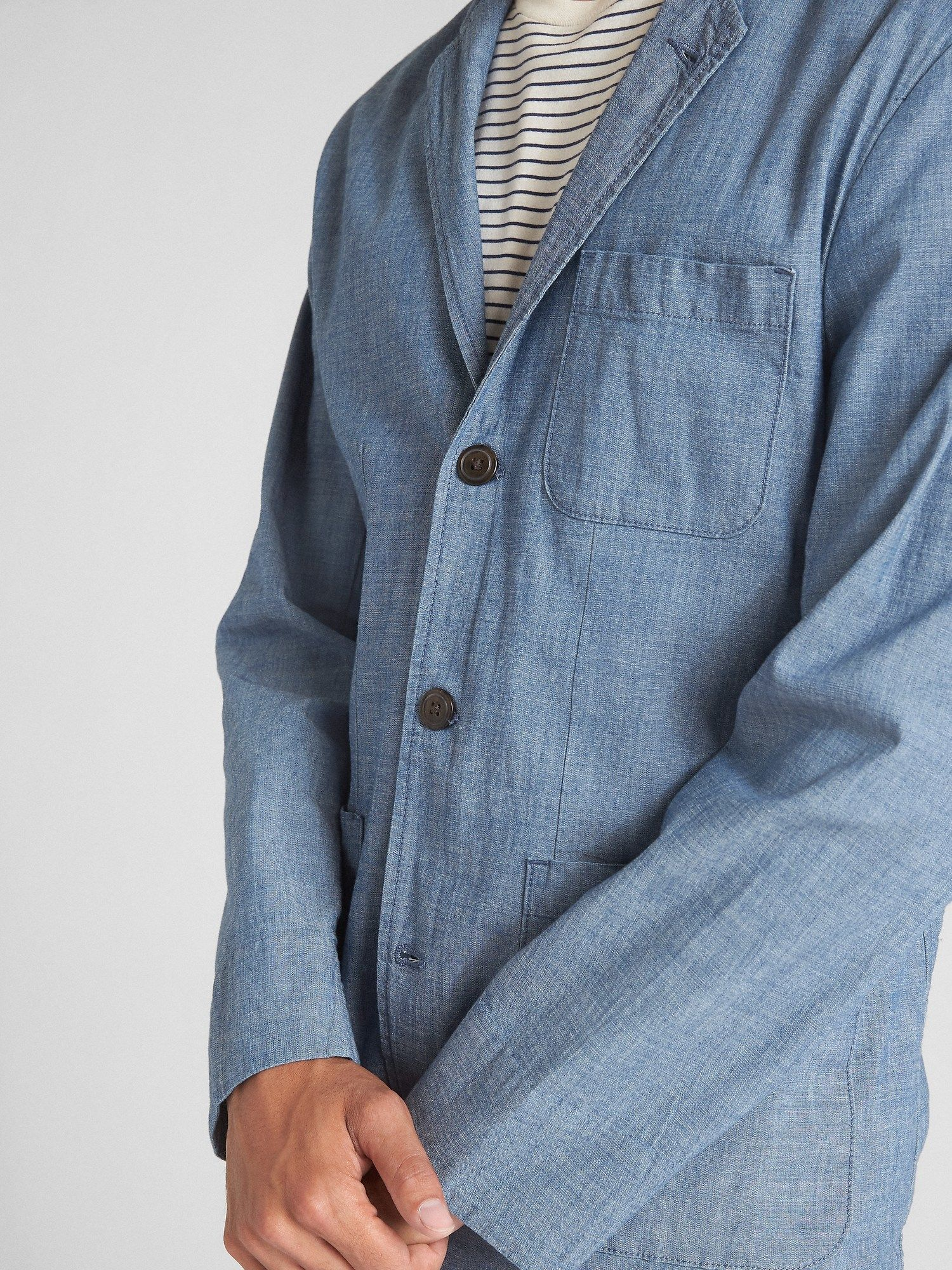 Wearlight Blazer in Chambray with GapFlex