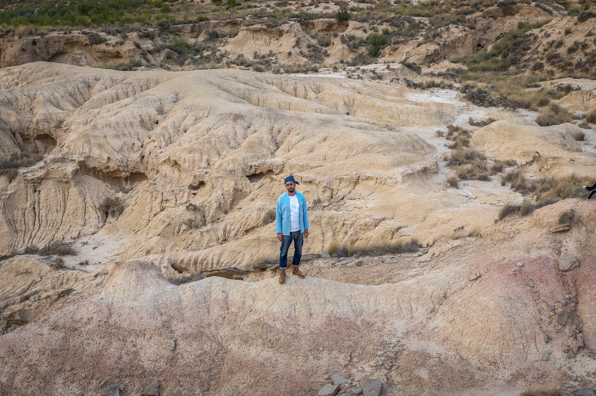 shooting dans le désert de las bardenas reales avec la noragi borali
