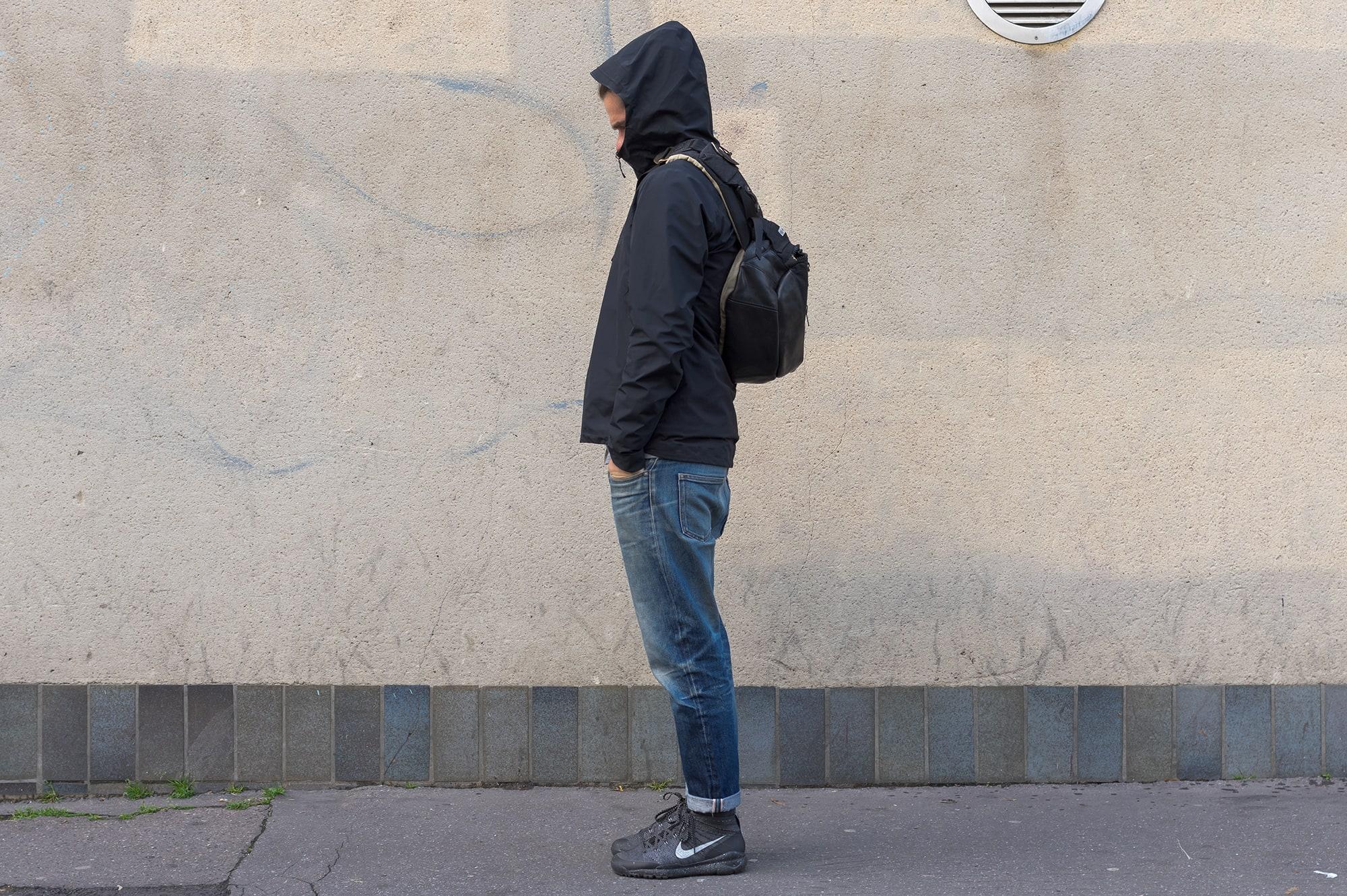 tenue stule street heritage techwear avec la composite jacket de arc'teryx veilance en goretex et le bomber technique polartec bonne gueule
