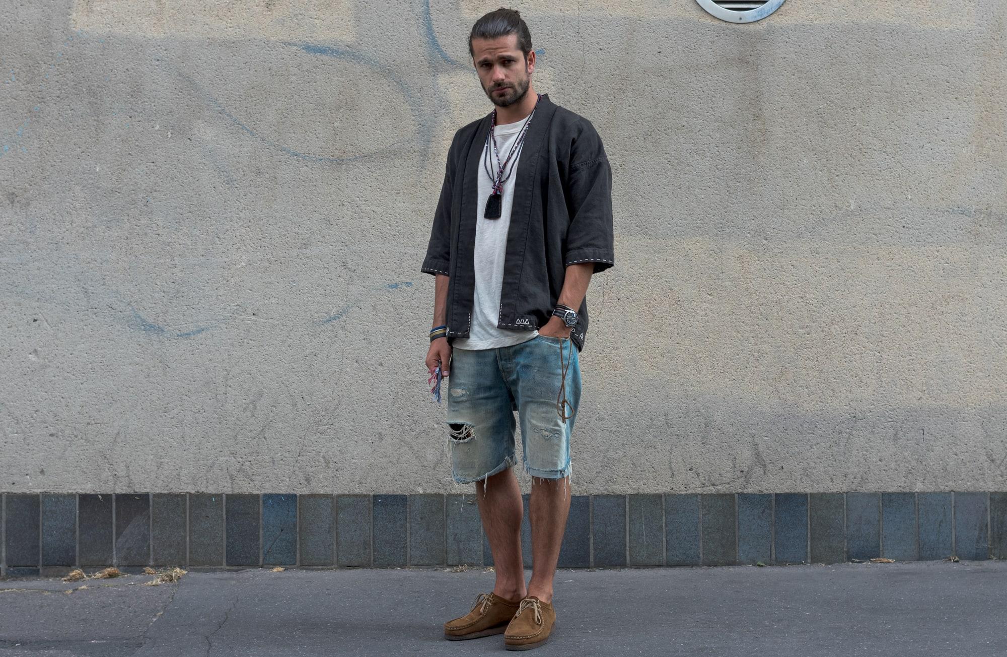 comment porter une noragi pour homme et des colliers tressés Borali en accessoire masculin
