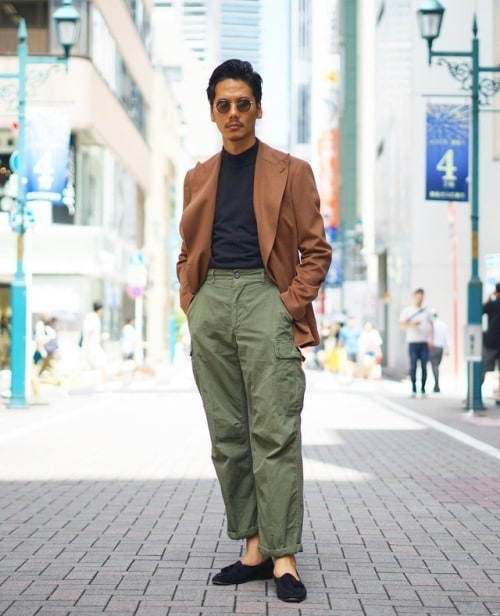 pourquoi et comment porter le pantalon à taille naturelle et taille dans un style homme masculin