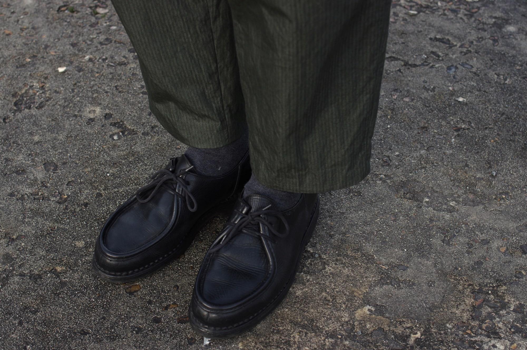 découvrir marque Kestin Hare stac blazer wick trouser et porté dans une tenue style costume workwear avec paraboot michael noire