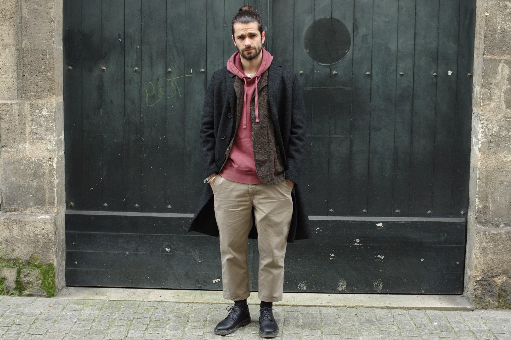porter un manteau long avec un hoodie dans un style homme masculin harriw wharf london boiled wool coat