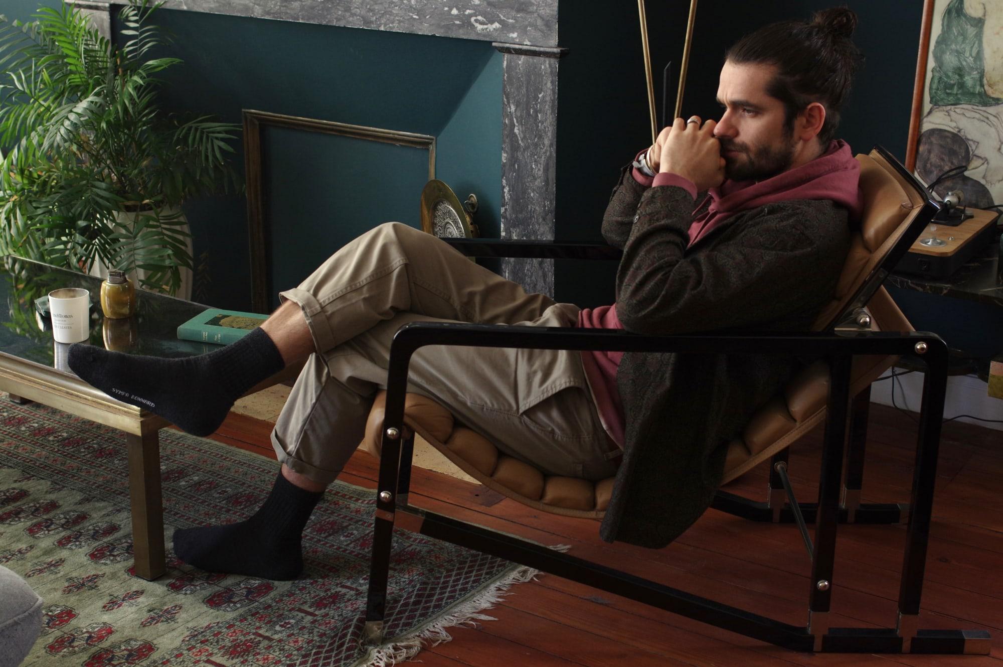 comment choisir des chausettes en laine mérinos les meilleures sympa bonnard equitable et faite en suisse - fauteuil Eileen Gray - modèle Transat (vintage)