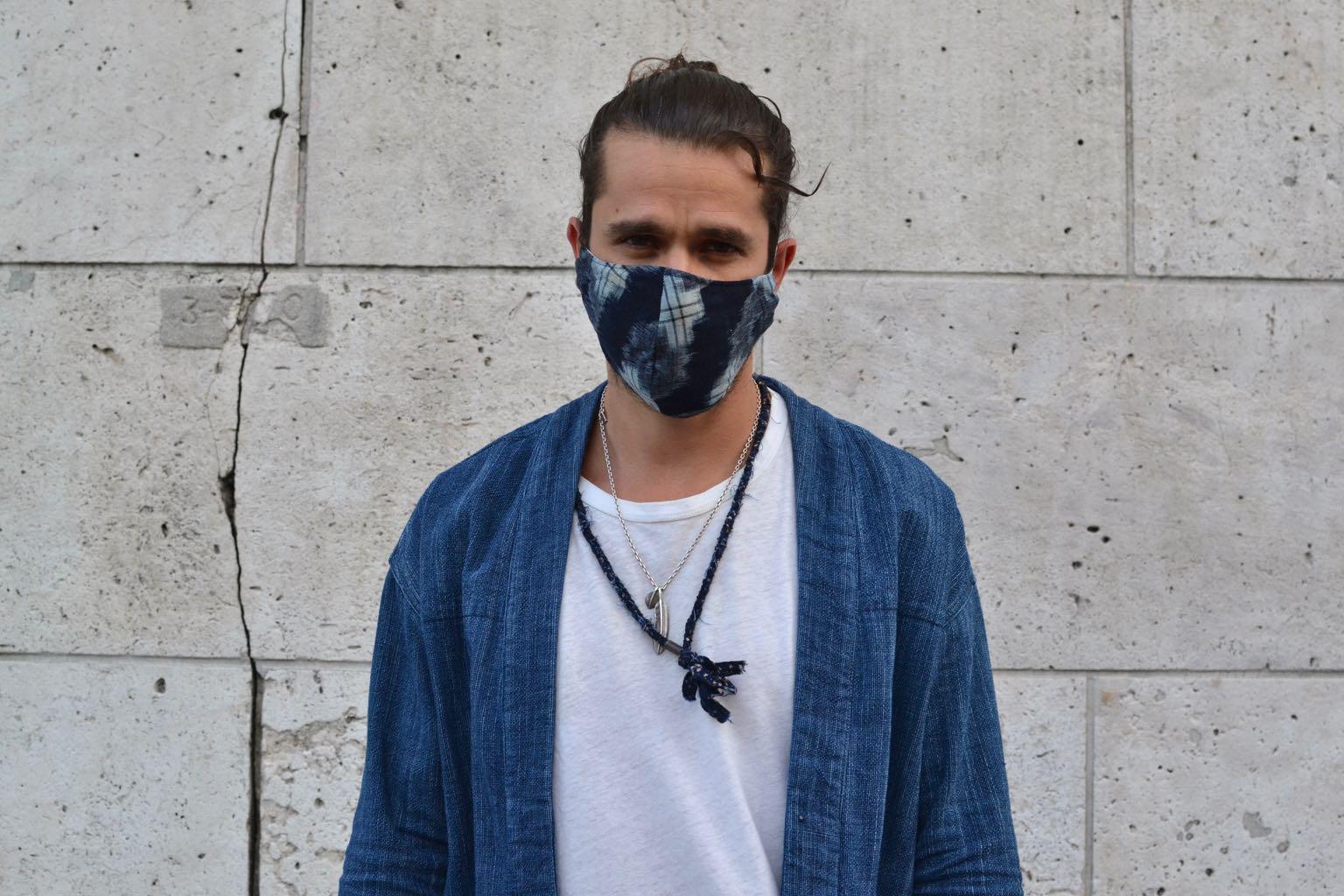 comment porté masque homme style indigo japonais noragi et collier borali