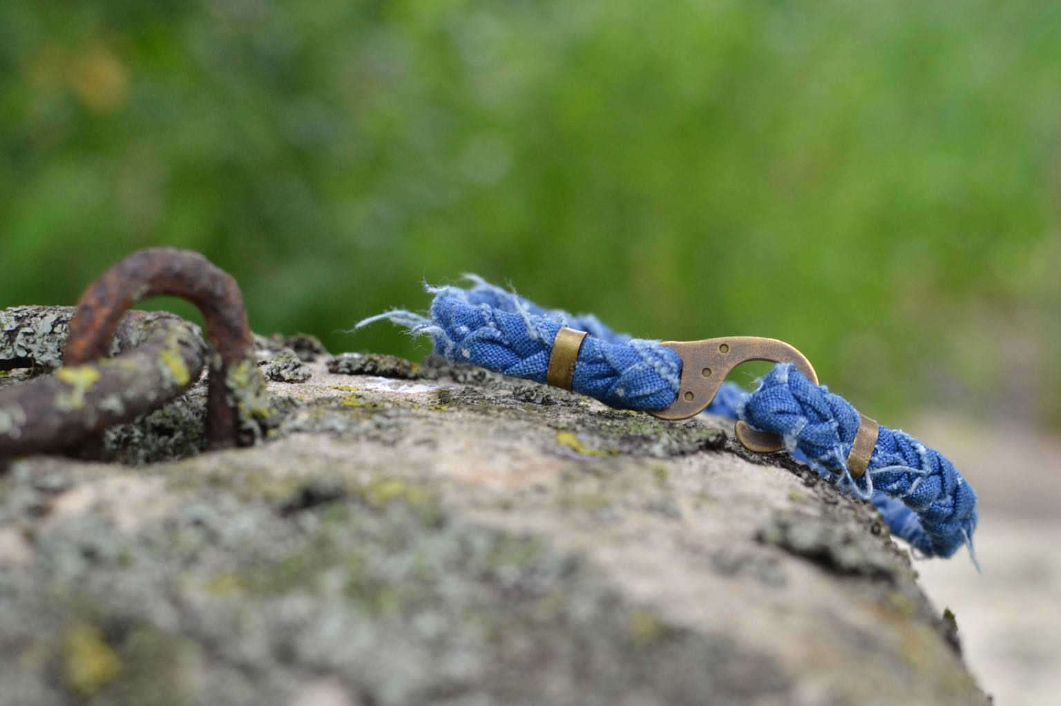 bracelet pour homme de la marque Borali fait à la main en france en tissus recylcés