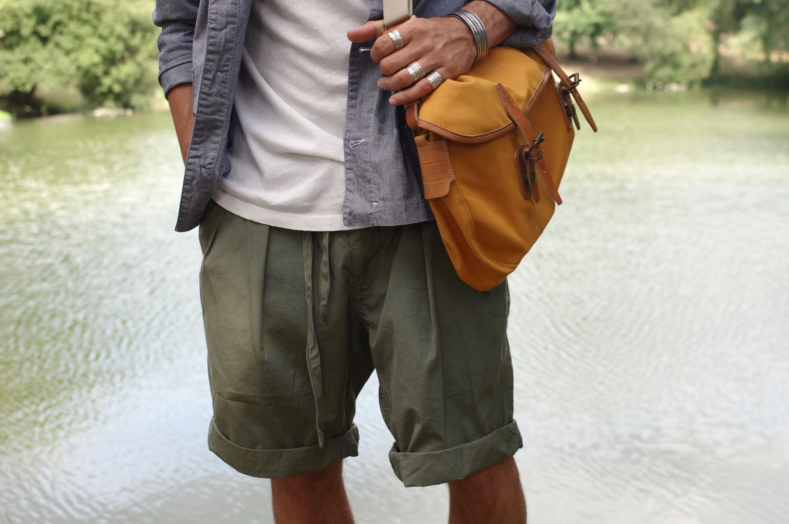 monitaly pleated short olive - shorts à pince oversized style workwear été