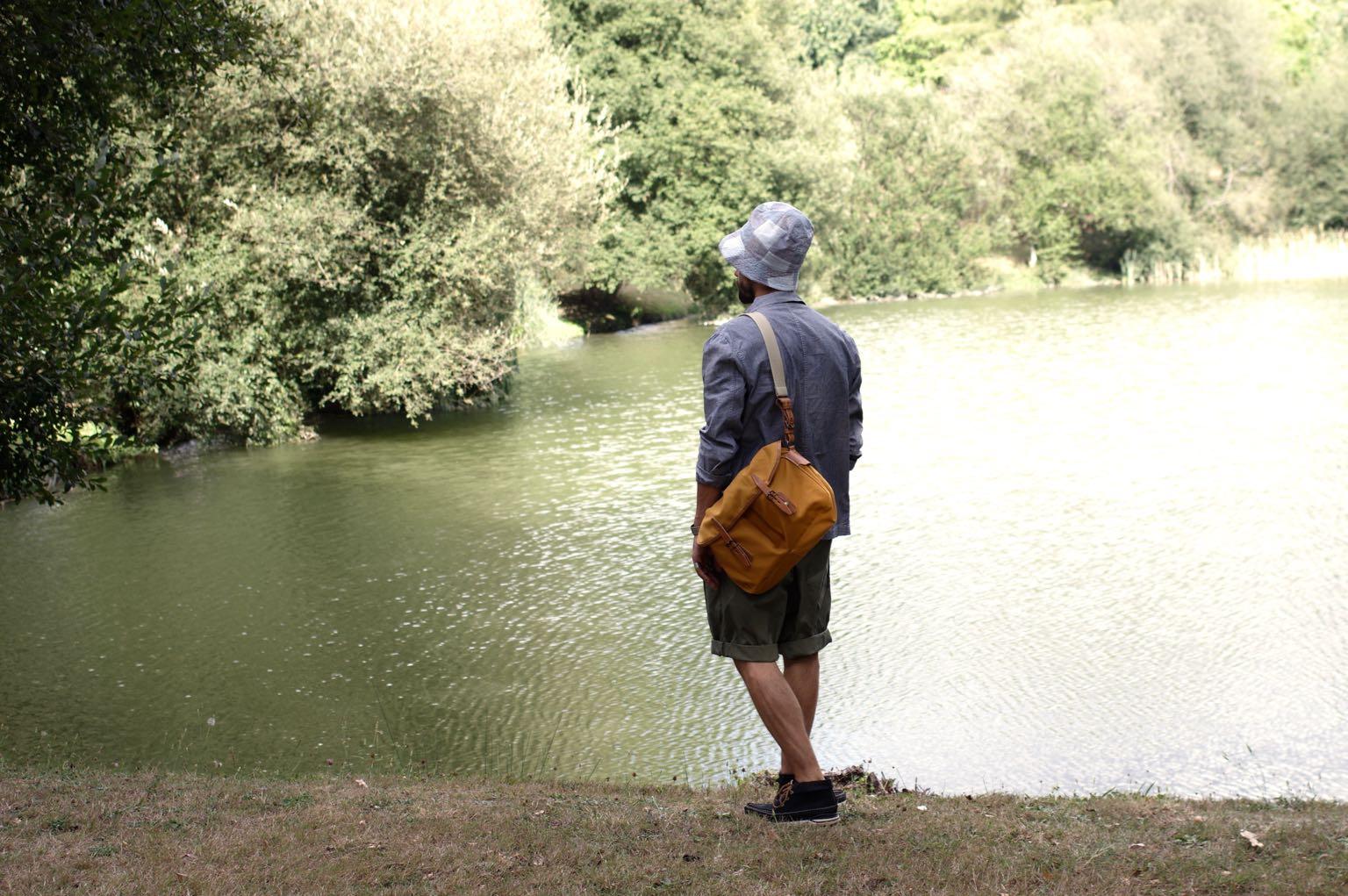 Bleu de chauffe et idée de sac workwear pour homme - musette du pêcheur