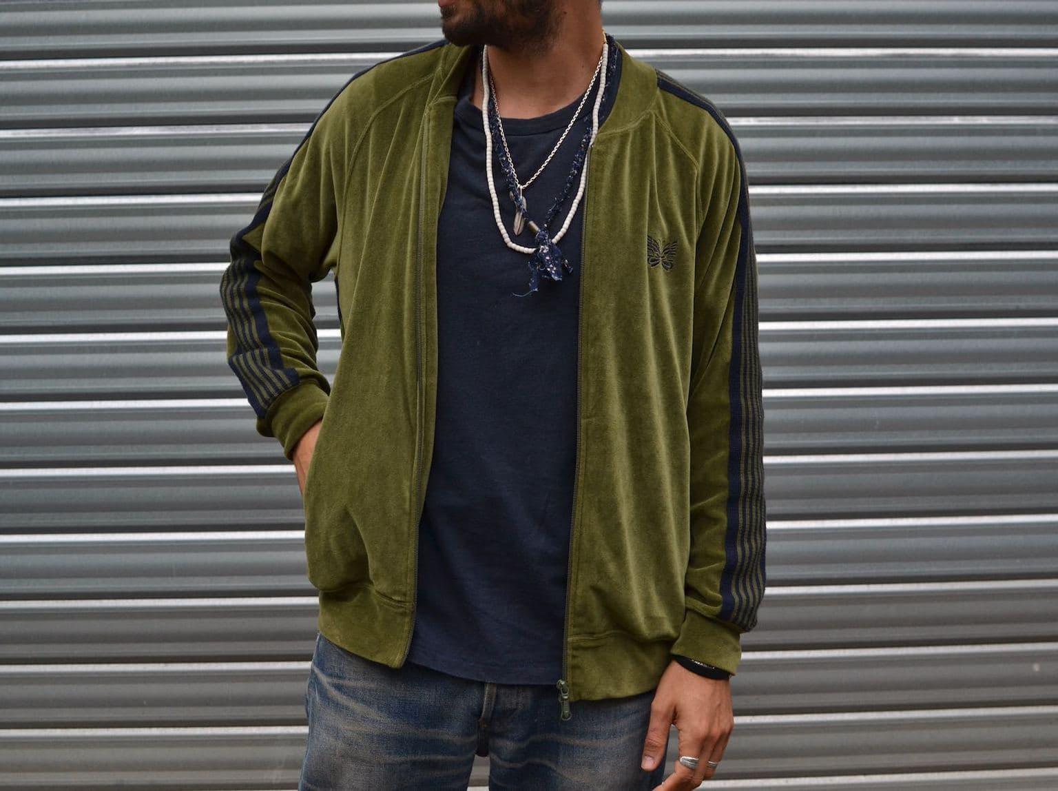 needles green velours velvet rib collar track jacket comment porter le jogging avec style