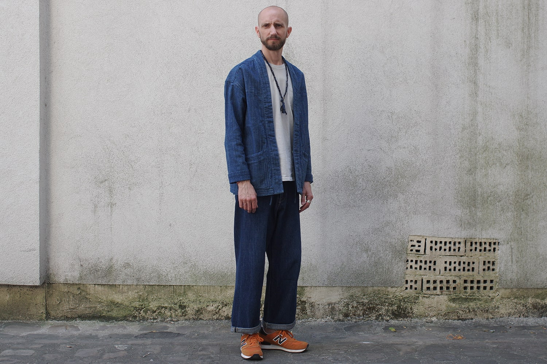 comment porter un jean large ample dans une tenue pour homme