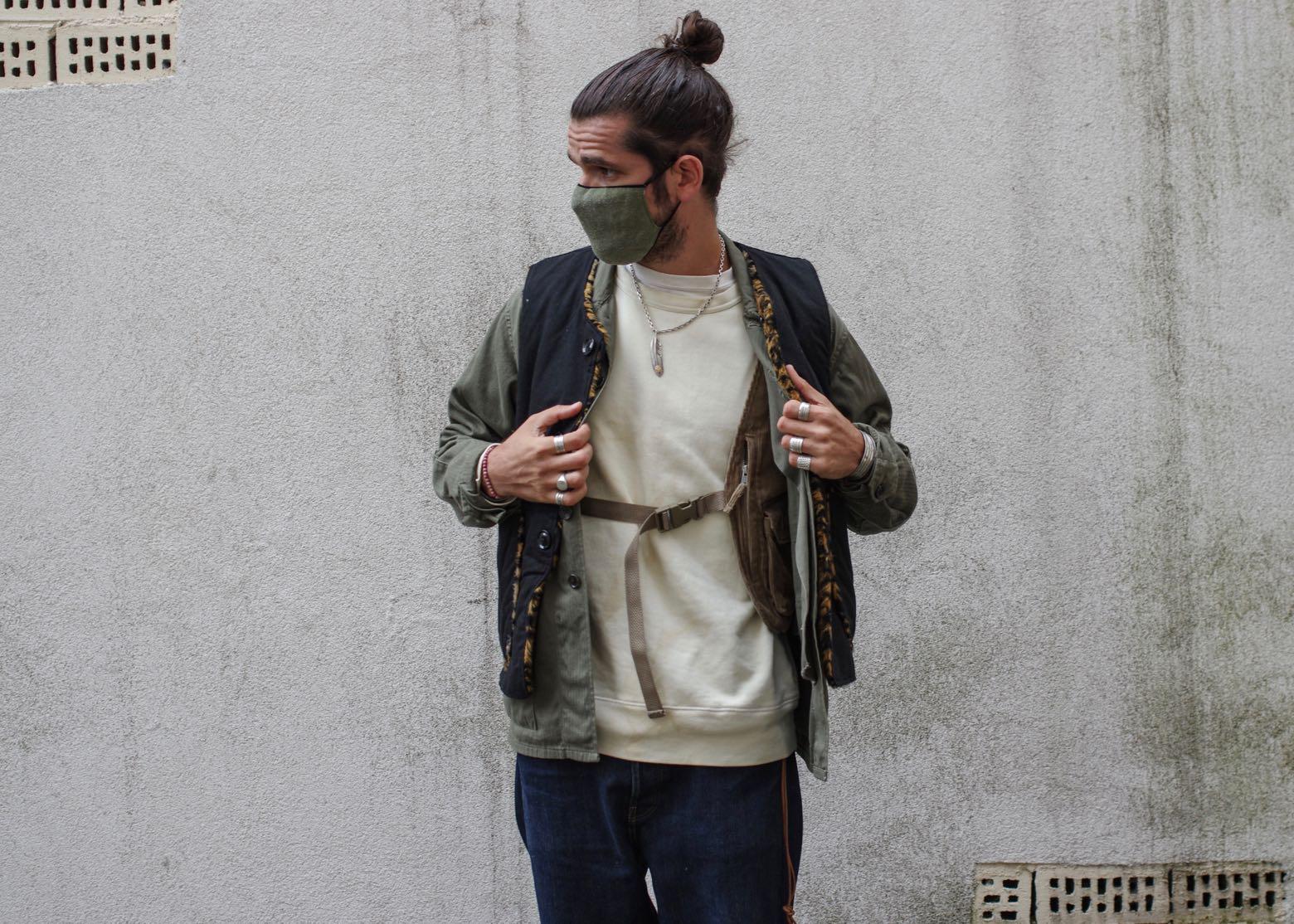 idée de tenue avec layering et comment porter un gilet sans manche