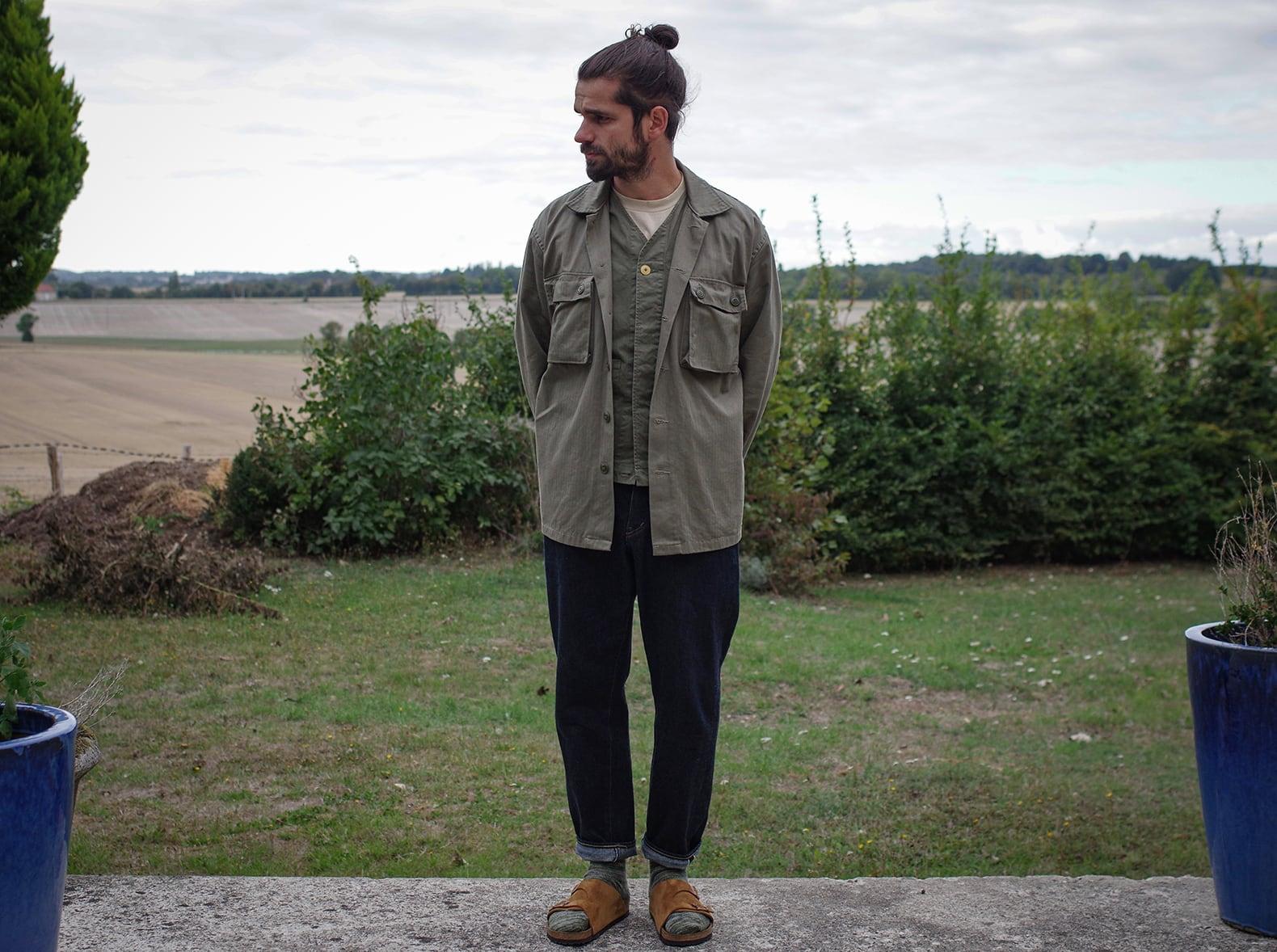 idée de look avec surchemise militaire arashi denim et jean ocupe tapered conseil style look homme