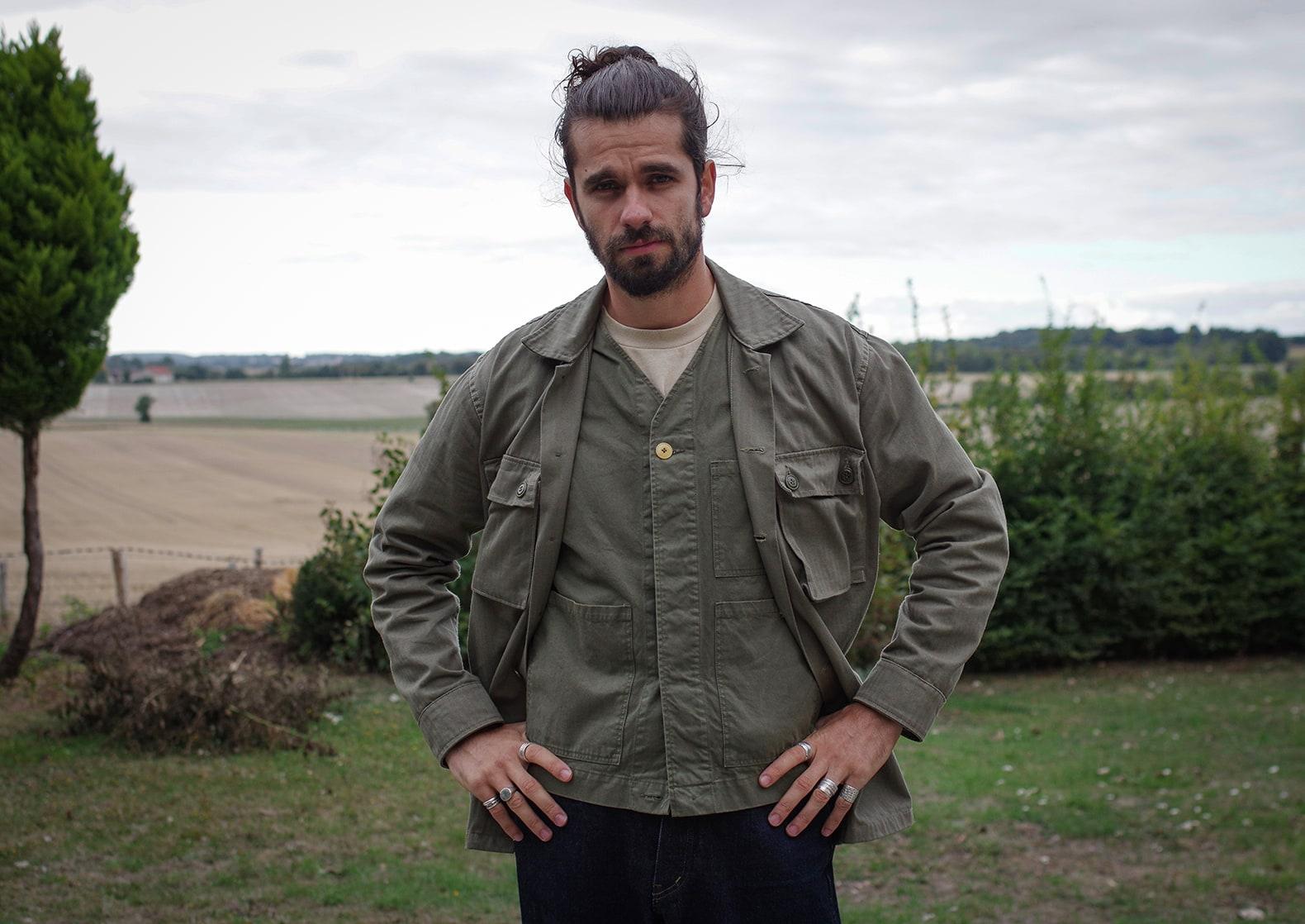 surchemise militaire type cison Arashi denim en hbt olive et gilet 1st Pat-rn wander vest - idée tenue homme workwear