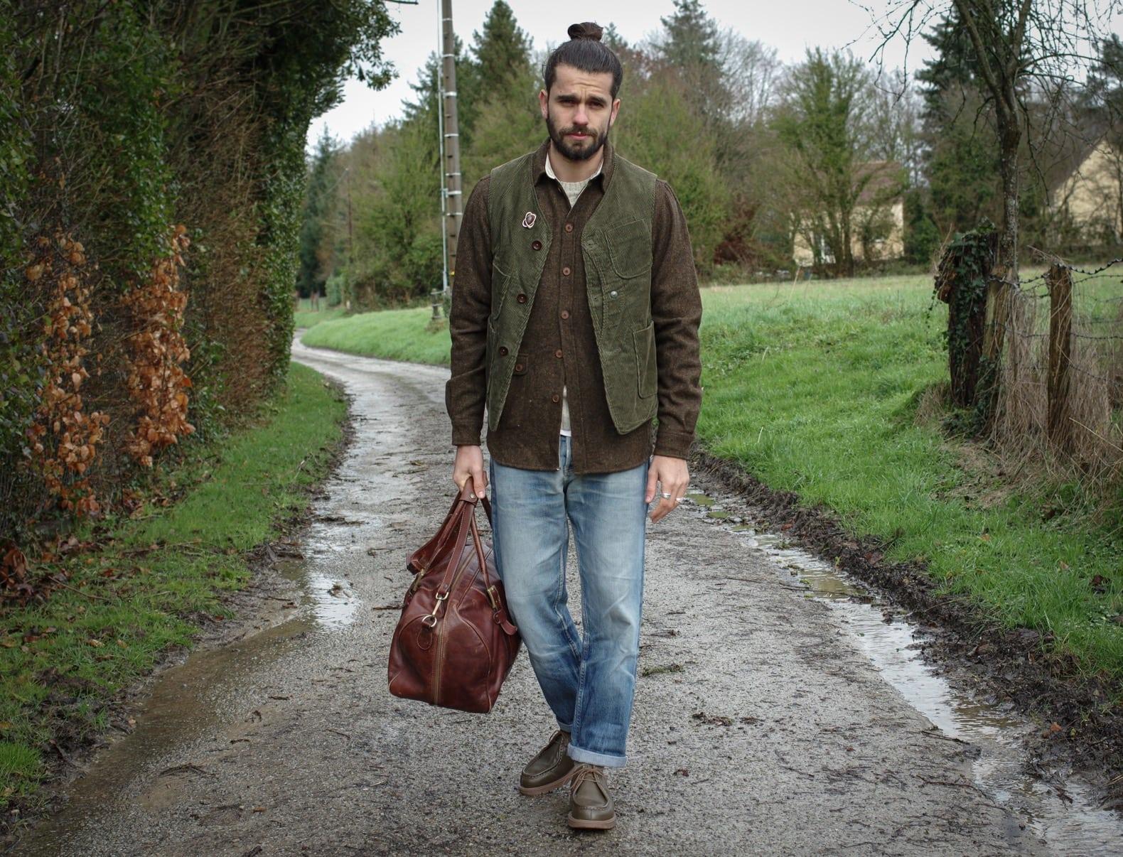 idée tenue workwear homme porter automne layering surchemise laine et gilet