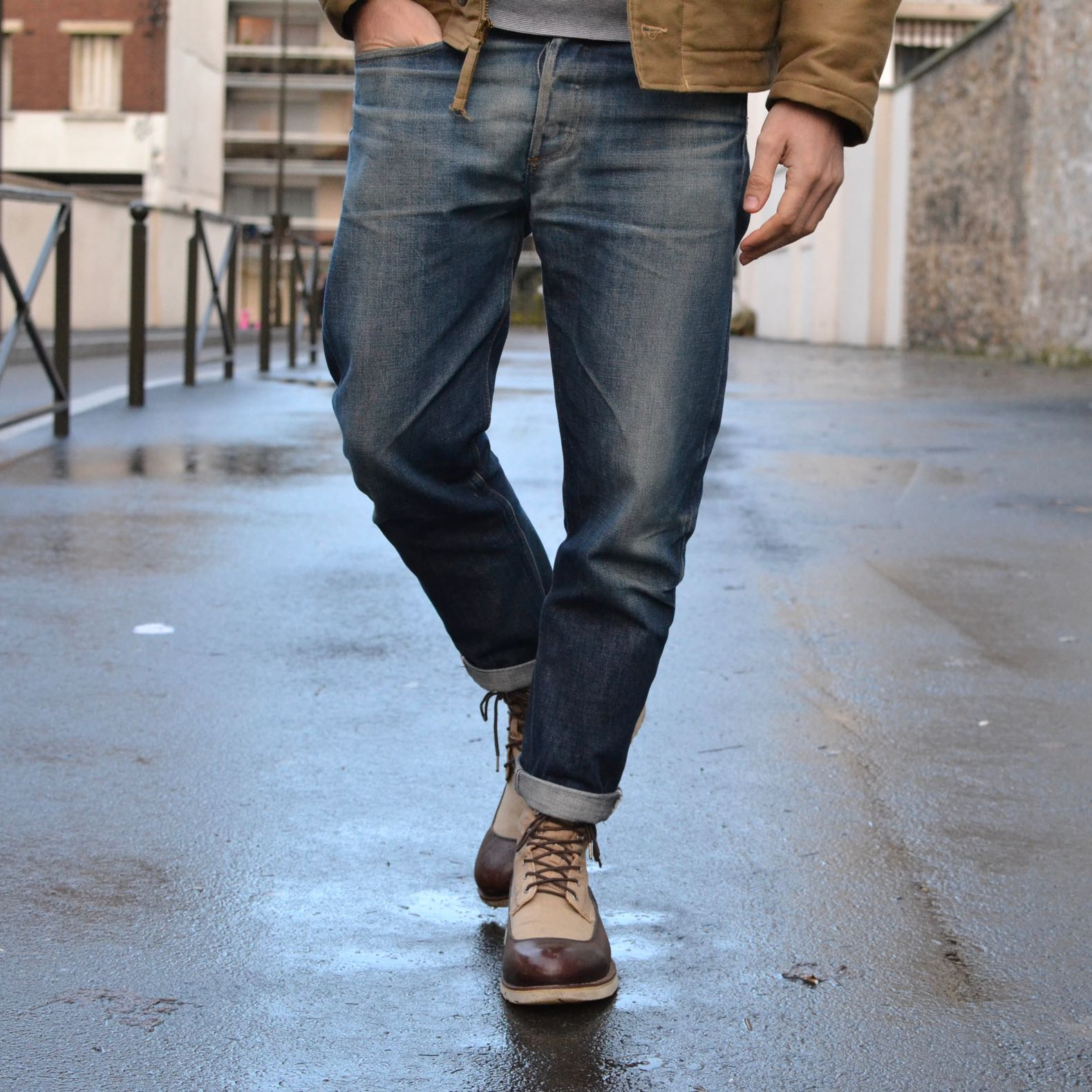 jean coupe tapered et work boots homme