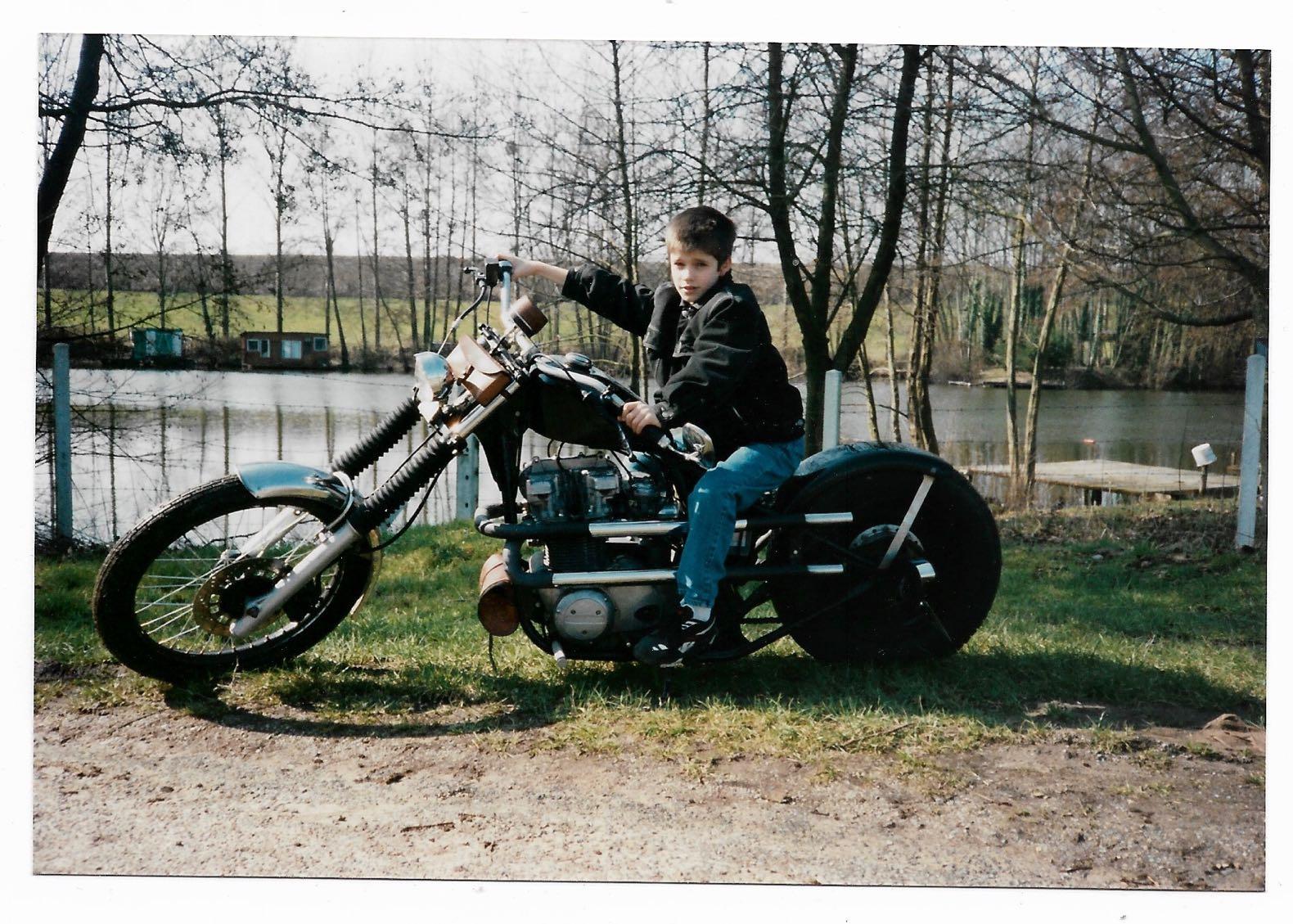 stylé année 90 jean levis harley davidson chopper
