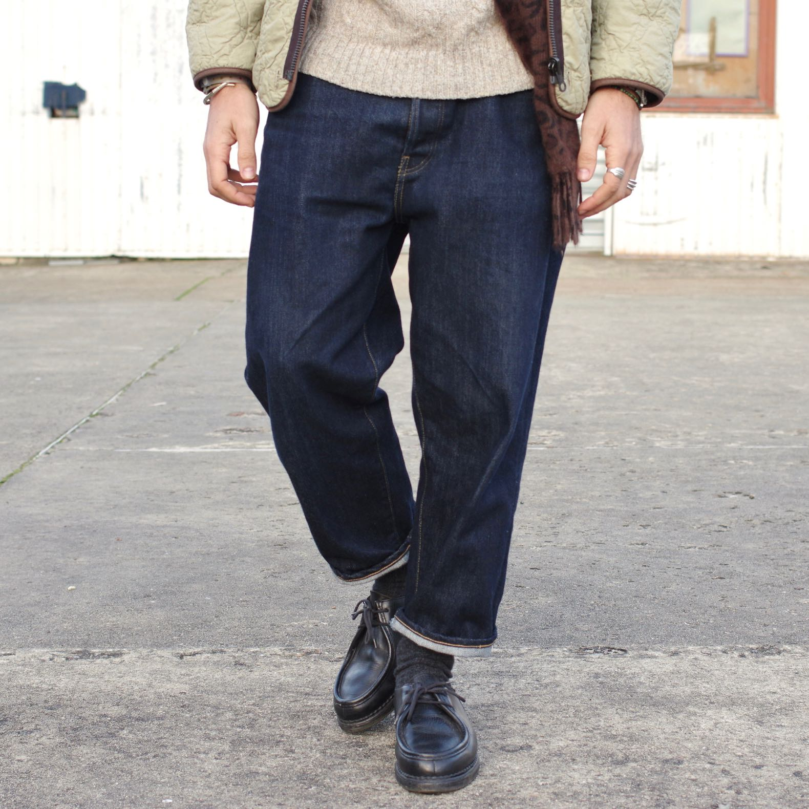comment porter un jean ample couple tapered size-up