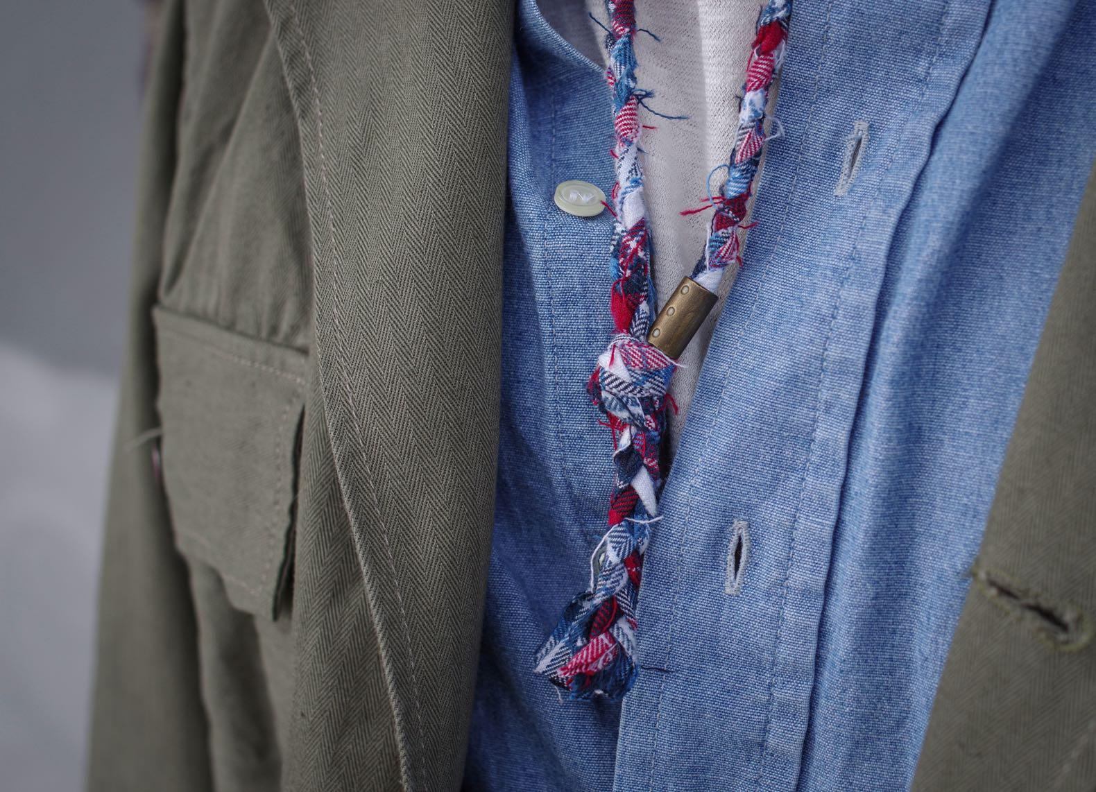 collier borali en tissu chmbray tressé et chemise en chambray