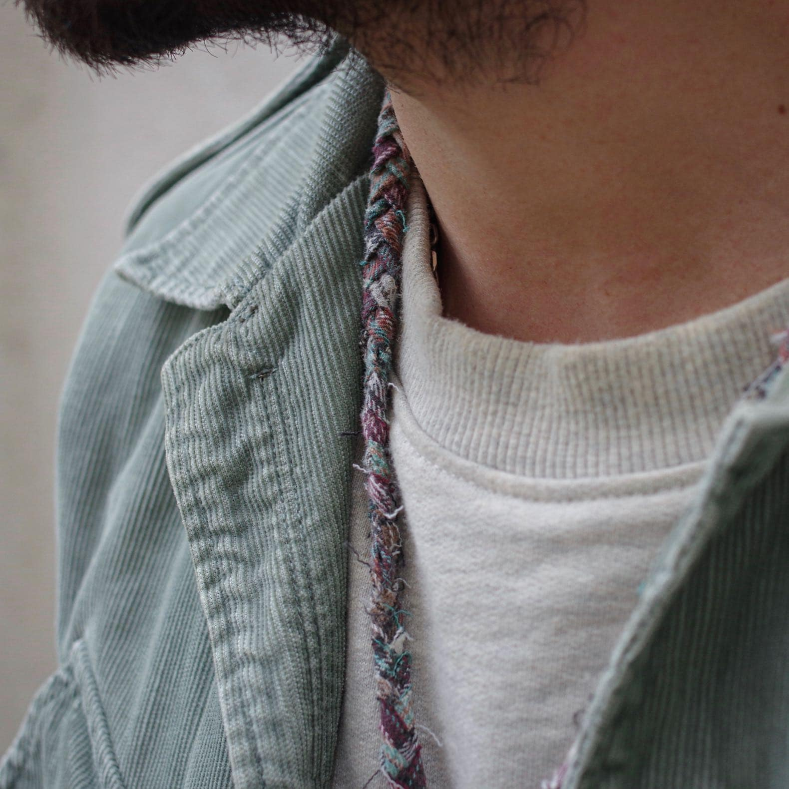 collier en tissu tressé Borali
