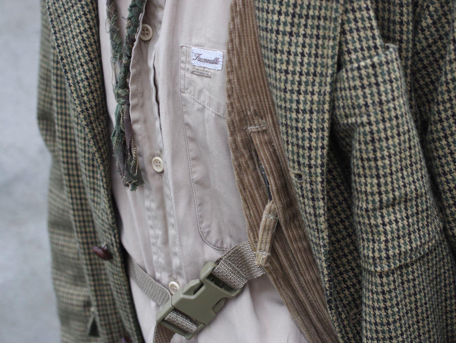 détails de matière velours et laine pied de poule