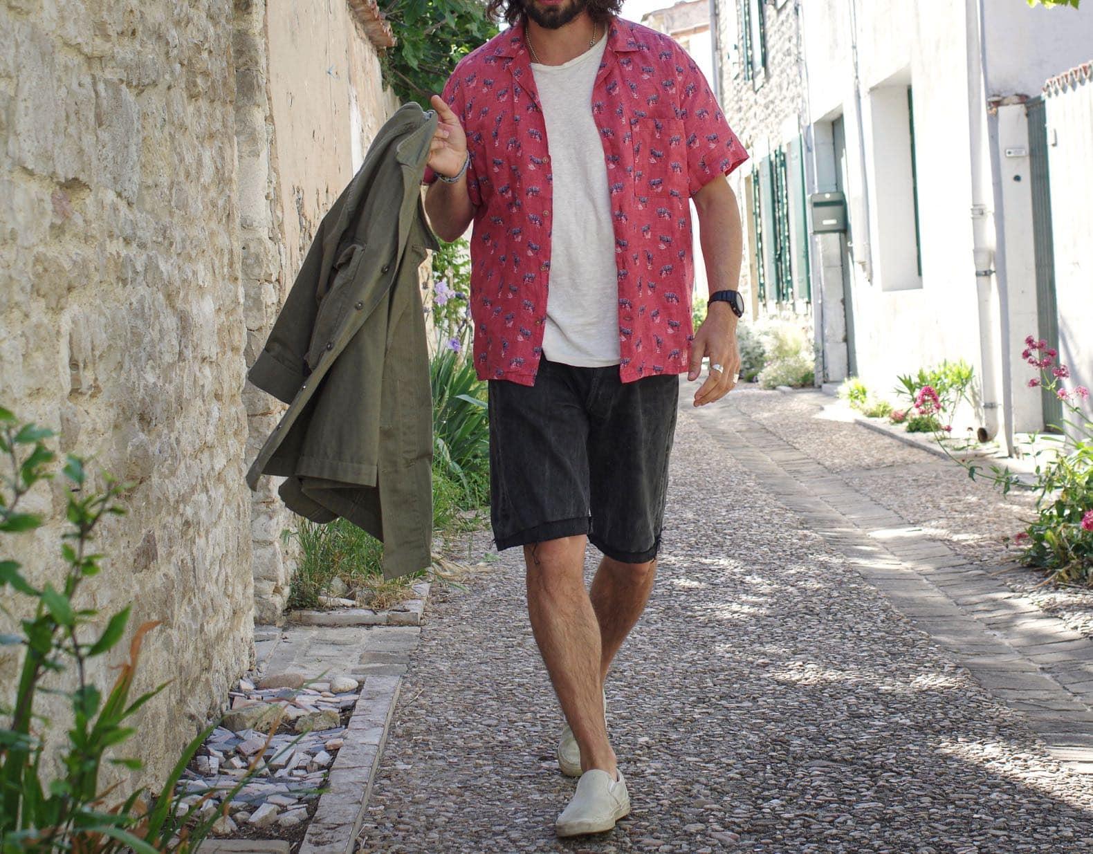 chemise manches courte en lin rose avec un imprimé zèbre de la marque histon project motif zebre