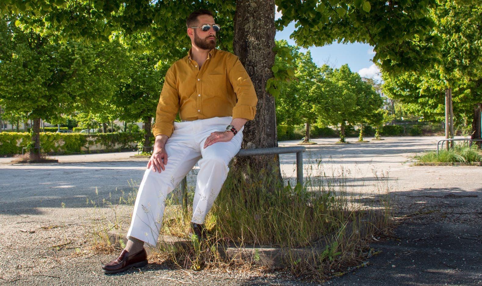 un pantalon à la taille plus haute blanc