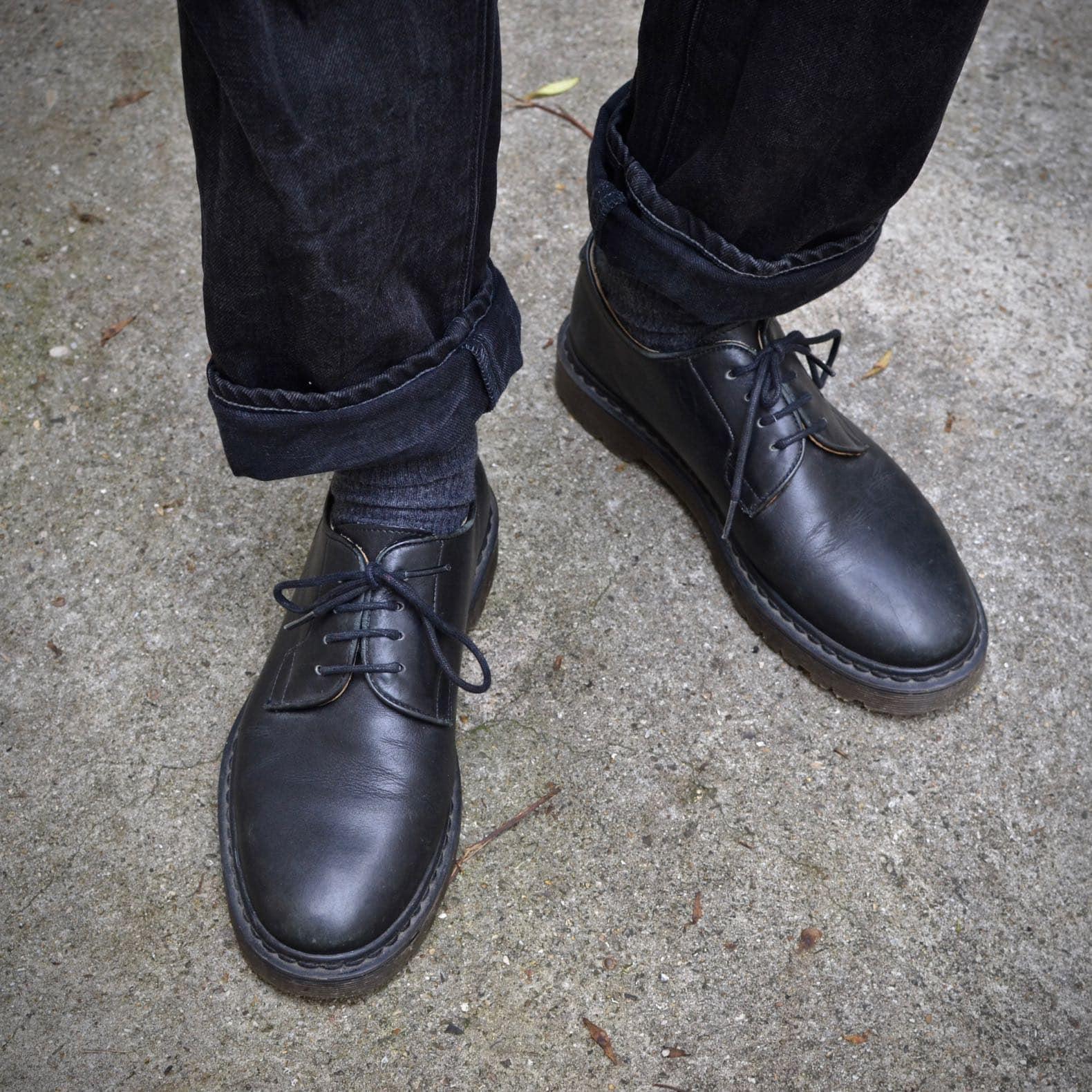 chaussures a.p.c. style dr martens black