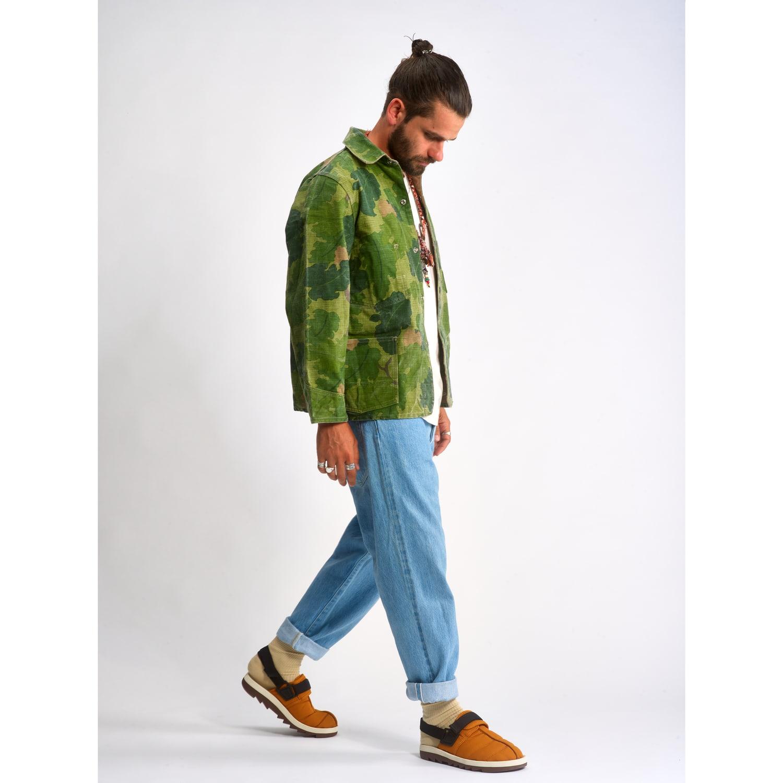outfit bleach camo jacket reebok beatnik
