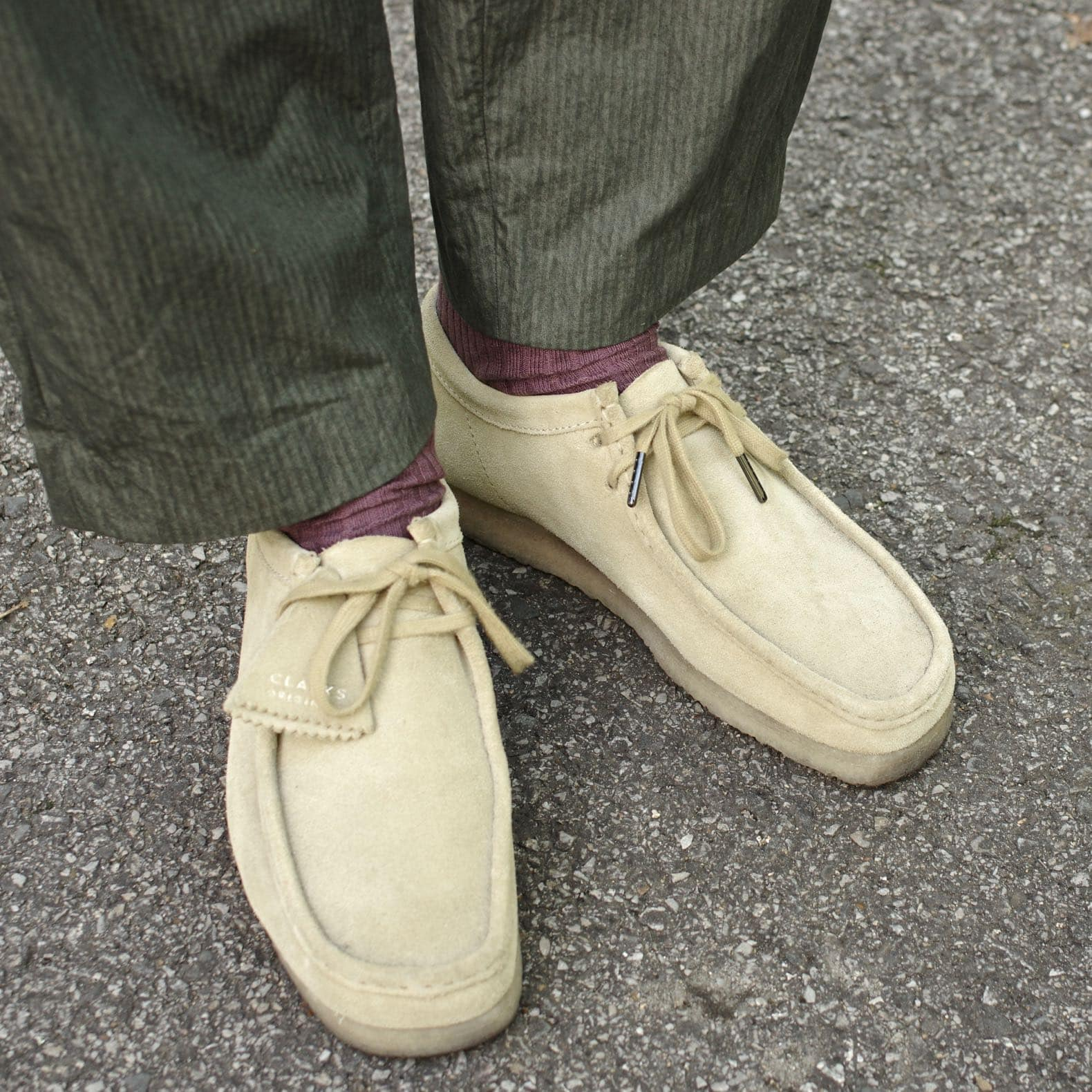 clarks wallabees maple suede